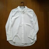 【ユニクロ】4枚買った定番商品。「毎日同じ服」の効果