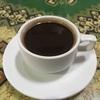 パオン寺院横のコピルアクのお店で美味しいルアク・コーヒーを飲む。お土産も一杯買いました。
