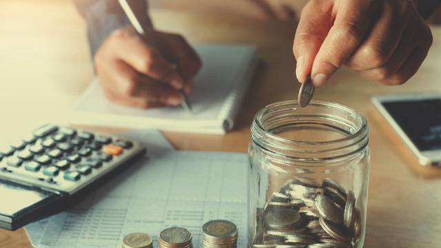 貯金500万ある人の割合を【年代・世帯別】に紹介!年代別におすすめの貯め方も解説