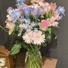 【花を飾る】#4 ピンク系と青系の組み合わせ