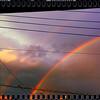 秋の空に虹が架かる夕べ。
