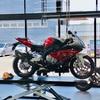 S1000RR、タイヤ交換する。