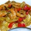 【今日の食卓】クン・パッポンカリー(海老とフワフワ卵のカレー粉炒め)。本来はプー(蟹)だけど、シーフードや豚肉などもある。日本のカレーなんかよりずっと美味しい。専用のペーストを切らしてジャワカレーのルー使用。 Kung pat pong curry. #タイ料理 #パッポンカリー