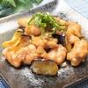さっぱりした玉ねぎソース!鶏肉とナスの柚子胡椒ポン酢炒めの作り方・レシピ
