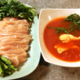 甘みと香辛料を楽しむなら、白だしトマトのカレー鶏しゃぶ(糖質6.8g)をぜひ!