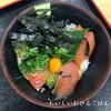 ●和歌山・南紀白浜「とれとれ市場」の堅田丼と白良浜