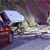 正面衝突後に2台追突、19歳女性死亡7人けが