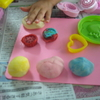 再度、夏休みの自由工作「紙粘土でスイーツデコ」で、紙粘土の必要量を考えました