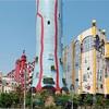 現代アート  大阪の建物
