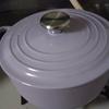 ル・クルーゼを買い足しました。今回は少し大き目と浅い鍋です。