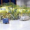 MRJ「70席型」製造工程を公開…米国向け
