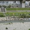 コロナ禍中の連休の河原