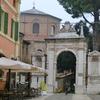モザイクの街ラヴェンナ観光④サン・ヴィターレ教会とガッラ・プラチーディアの廟