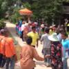 タイ東北部イサーンの田舎での出家式パレードをご覧ください。2016
