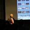 飯島澄男先生の講演「カーボンナノチューブ発見の背景」