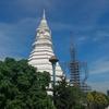 インスタ映えで有名なワットパクナムと周辺の寺院