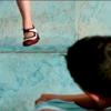 縛る手、浮かぶ足、結ぶ手、踊る足――『ジョジョ・ラビット』について
