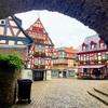 フランクフルトからイトシュタインへの行き方。木組の家が可愛い町の見所は?