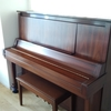 ピアノが家にやって来た。