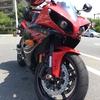 熱すぎる!排熱ヤバいSSバイクと夏をどう乗り切るか考える。