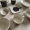 【一人暮らしの食器は8枚】 白いお皿がいちばん使いやすいです