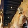 美しき柱廊の街を旅する: ボローニャ、イタリア