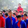 これは世界で一番背の高い女の子ですか. 中国の生徒は,既に11歳で6フィート10インチです.