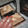 ANASTASIA BEVERLY HILLS Amrezy Highlighter Swatch