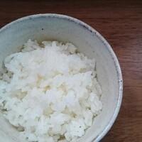 雪平鍋とIHで、一合のごはんを炊く。