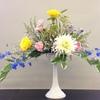 おだやかな心でお花を生けました。未生アレンジメントと瓶花です。