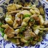 鶏もも肉とカブ菜の浅漬けのバター炒め