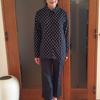 10年着られるトップス|大人可愛い服のスタンダードは黒地に白の水玉模様