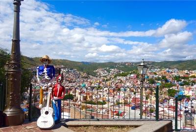 【メキシコ旅⑨】グアナファトへメキシコシティから弾丸日帰り!ピピラの丘の景色を見て思わずリメンバーミーしたの巻