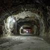 巨大地下壕と黄金色の温泉、長野市松代のディープな魅力