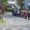 登校の風景:0の日。きちんと並んで登校