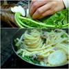 間引き菜と豚ひき肉のパスタ