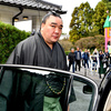日馬富士の暴行問題をめぐる、角界の異様さ、不可思議さ