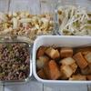 厚揚げと白菜の煮物・ネギと豚そぼろなど計4品手順