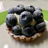 🚩外食日記(435)    宮崎   「Vanille (ヴァニーユ)」★15より、【さくらんぼと桃のショートケーキ】【綾の無農薬ブルーベリータルト】‼️