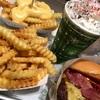 Shake Shack(シェイクシャック)でバーガー食べるなら、絶対「ダブル」がおすすめ!