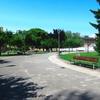 イベリア周遊の旅(159)パンプローナ城塞公園を横切って。