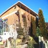 フラワーガーデンヤマナカ 自然な植栽が魅力の広い庭と山小屋風の店舗!