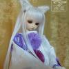 三次元少女設定の白狐ちゃん (^_^)