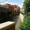ベルギー 街の中を流れる川