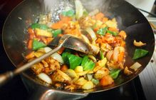 中華料理は日本発祥?中国では食べられない!?中華料理の歴史と今年の流行とは?