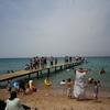 アカバ(ヨルダン)でビーチ遊び