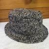 ハンドメイドの帽子