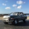 '94 Dodge RAMに乗って、笠島の弁天岩へ。
