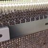 手紡ぎ糸でラグランセーターを編んでいます。
