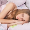 寝苦しい熱帯夜をクーラー無しで乗り切るには涼感寝具を使おう